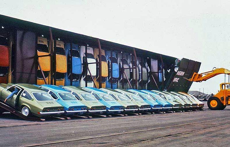 Vehicle - Rail - Rolling Stock (Freight) - Autorack - ACF Vert-A-Pac