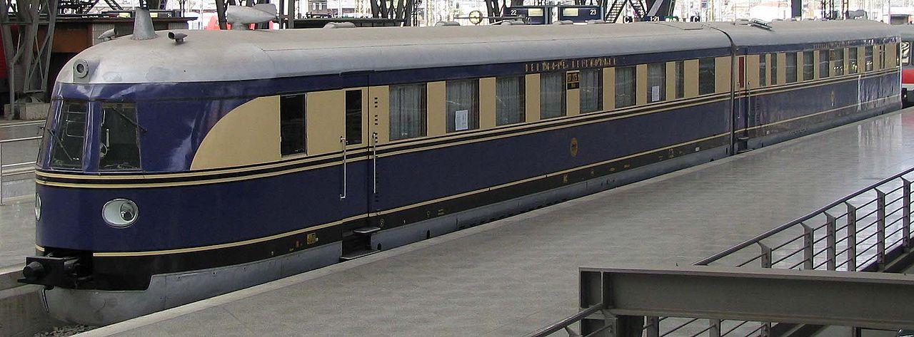 Vehicle - Rail - Railcar - Diesel - SVT 137