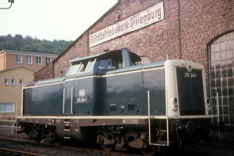 Vehicle - Rail - Locomotive - Diesel - DB V100