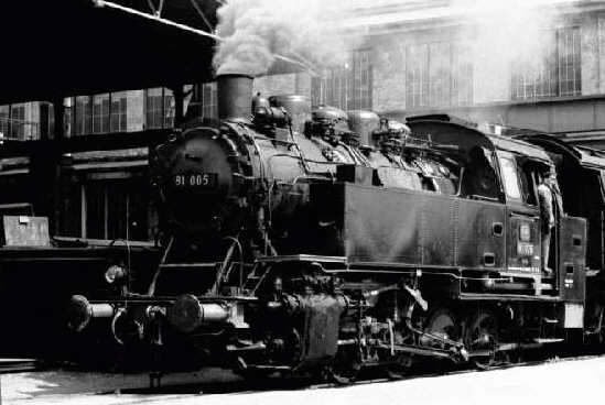 Vehicle - Rail - Locomotive - Steam - 0-8-0 DRG Class 81