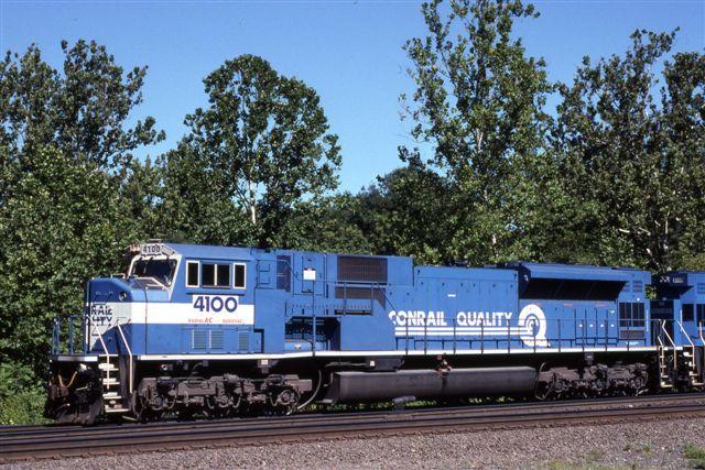 Vehicle - Rail - Locomotive - Diesel - EMD SD80MAC