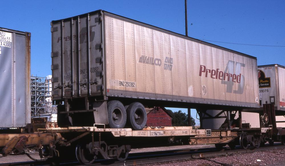 Vehicle - Intermodal - Rolling Stock (Freight) - Intermodal - Front Runner