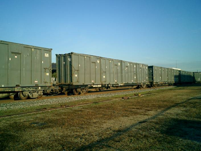Rail - Rolling Stock (Freight) - Flatcar - 85 Foot COFC