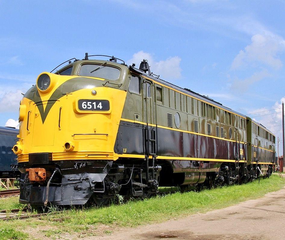 Vehicle - Rail - Locomotive - Diesel - EMD FP9