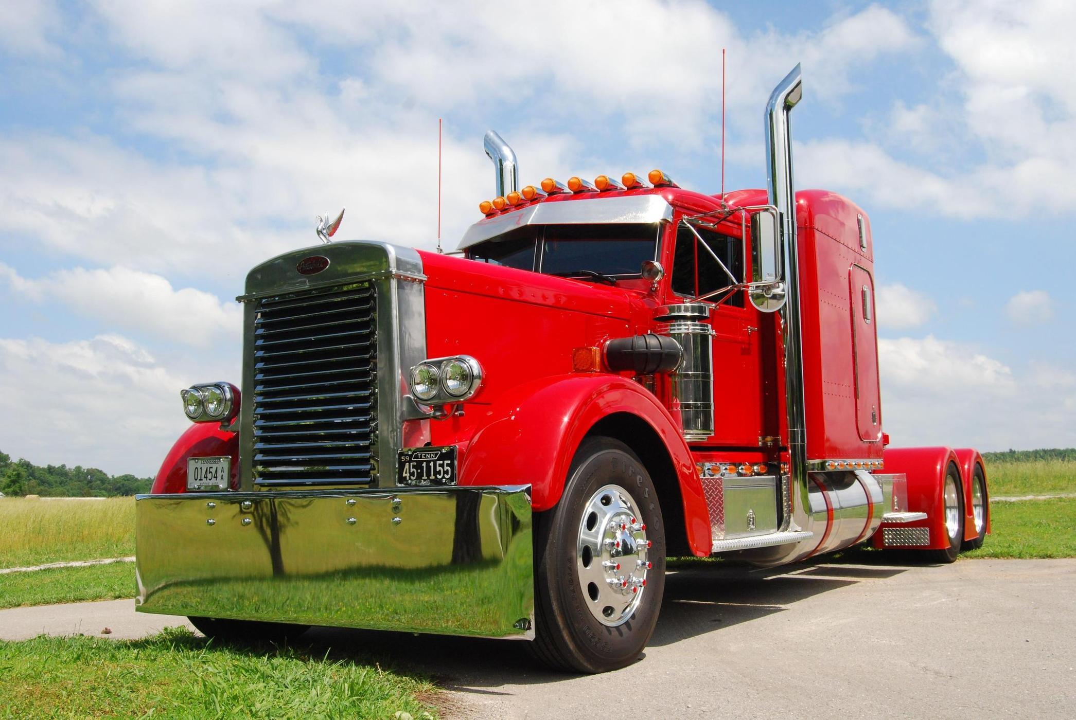 Vehicle - Vehicle - Truck - Semi Tractor Cab - Peterbilt 281/351