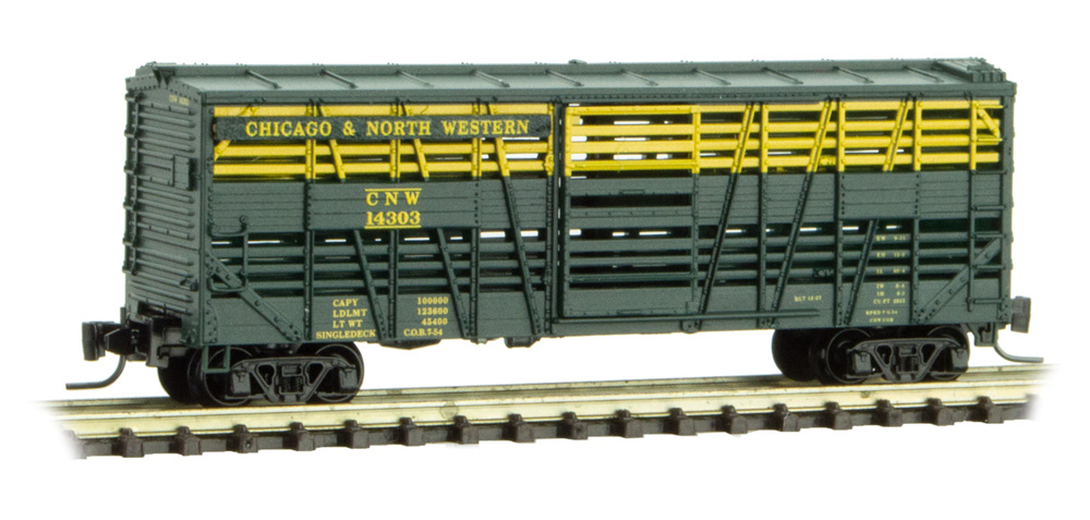 Z Scale - Micro-Trains - 520 00 241 - Stock Car, 40 Foot, Wood - Chicago & North Western - 14303