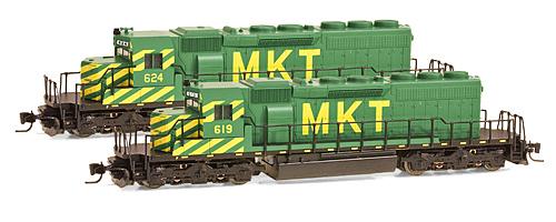 Z Scale - Micro-Trains - 970 01 122 - Locomotive, Diesel, EMD SD40-2 - Missouri-Kansas-Texas - 24