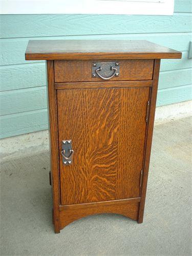 Furniture - Gustav Stickley - 89 - Smoker