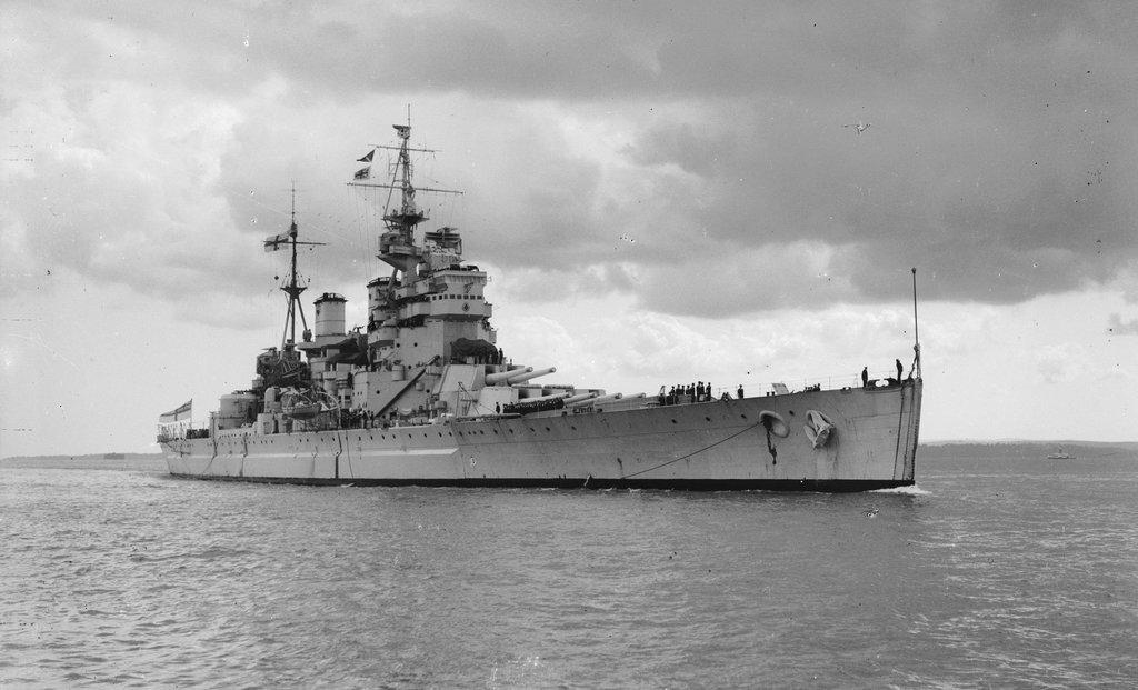 Warship - HMS King George V - Battleship