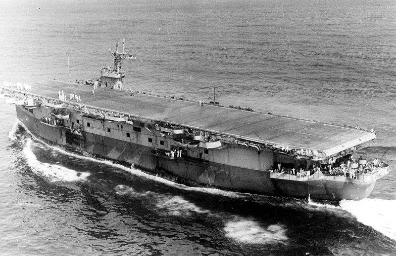 Warship - USS Bogue (CVE-9) - Carrier