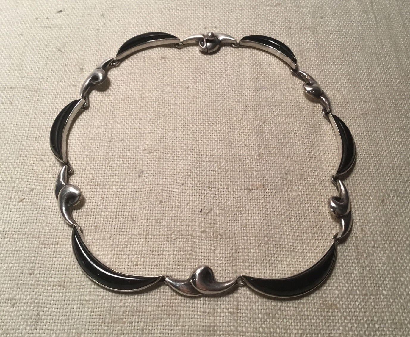 Mexican Silver - Antonio Pineda - Green Heart Pendant
